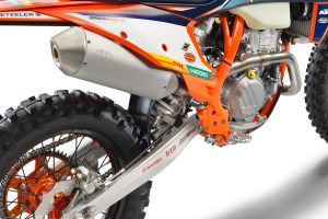 KTM_350_EXC-F_FACTORY_EDITION_-2